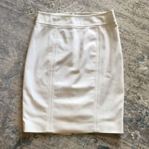WHITE HOUSE BLACK MARKET PENCIL SKIRT WHITE NEW 6